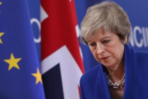 """Răsturnare de situație la Londra. Mai mulți miniștri îi cer Theresei May să renunțe la ideea Brexitul fără acord și amenință cu o """"rebeliune"""""""