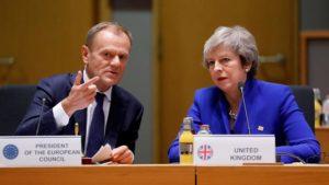 Theresa May a obținut la Bruxelles o nouă amânare a Brexitului până la 31 octombrie Liderii europeni şi premierul britanic Theresa May Stiri Brexit Romani in UK Acte Buletn vama UK, Londonezul - Romani in UK