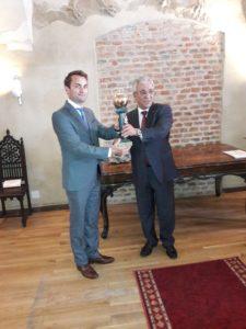 Orașul Oradea premiat cu trofeul Mărul de Aur, Londonezul - Romani in UK
