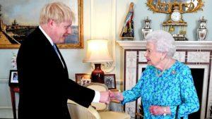 Criza politică din Marea Britanie se adâncește după ce regina a aprobat suspendarea Parlamentului înainte de Brexit, Londonezul - Romani in UK