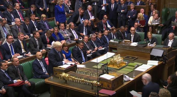 Camera Comunelor a votat legea prin care opreşte Brexit fără acord Ce urmează, Londonezul - Romani in UK