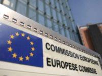 Comisia Europeană se pregăteşte să deschidă un proces împotriva producătorului de vaccinuri AstraZeneca