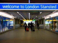 Doi suspecți de terorism, prinși pe un aeroport din Londra