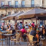 Malta închide barurile şi cluburile de noapte pentru a limita răspândirea coronavirusului