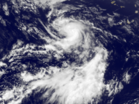 Cod roşu de alertă în Peninsula Baja California în aşteptarea Uraganului Genevieve