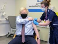 Peste jumătate din populaţia britanică adultă a fost vaccinată împotriva COVID-19