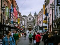 Irlanda de Nord relaxează restricţiile legate de coronavirus