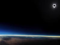 Un milion de persoane s-au înscris pentru un loc în primul voiaj turistic în jurul Lunii
