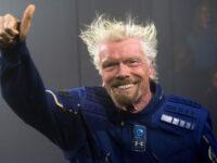 Miliardarul britanic Richard Branson intenţionează să zboare în spaţiu la 11 iulie