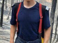 Cel mai tânăr pompier român care luptă cu flăcările din Grecia este din Braşov şi are 20 de ani
